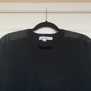 Calvin Klein Sweatshirt size Medium